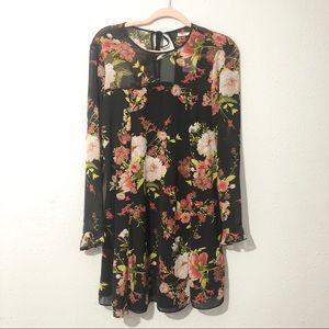 NWT KIMCHI BLUE Floral Long Sleeve Dress Size L
